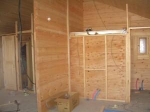 造作壁の設置